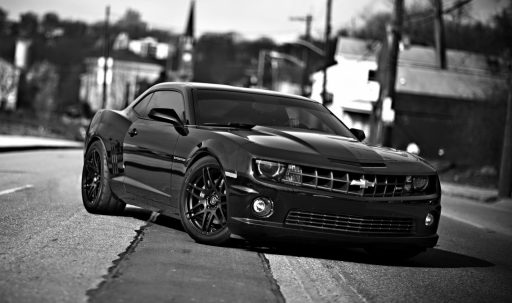 chevrolet_camaro_black_white_1600x900