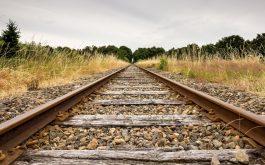 railways_stones_grass-1920x1080