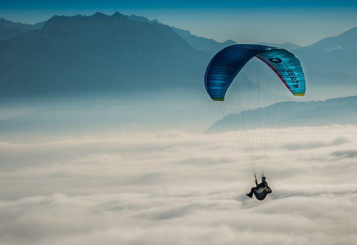 paragliding_sky_clouds-1920x1080