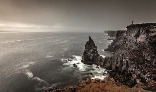 sea_mountain_hill_rocks-1920x1080