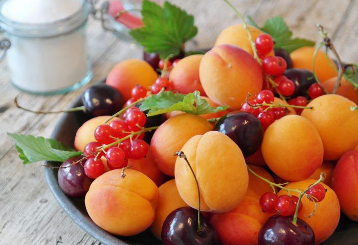apricots_cherries_currants_fruit_berries-1920x1080