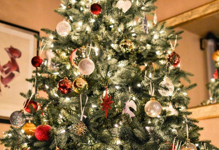 christmas_tree_ornaments_garlands-1920x1080