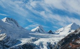 snowy_mountains_top_sky_clouds-1920x1080