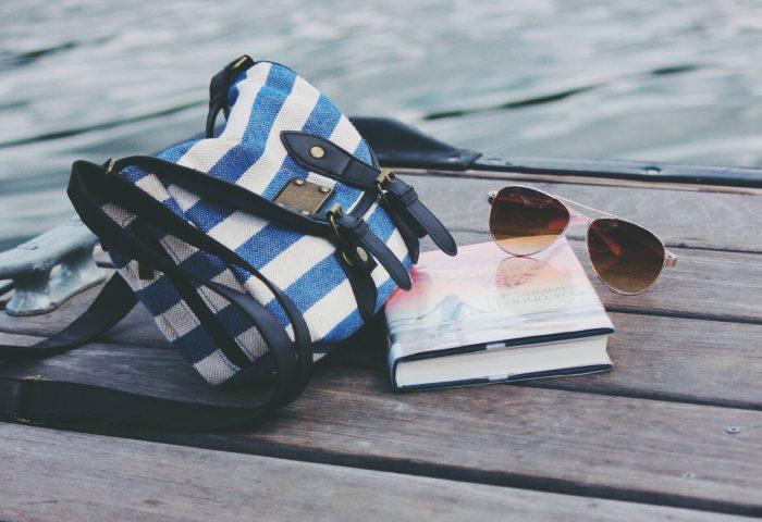 handbag_sunglasses_book_rive-1920x1080