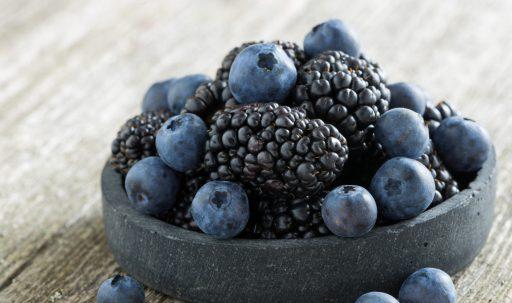 blackberries_blueberries_berries_plate-1920x1080