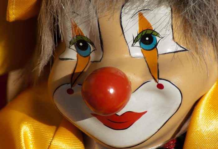 clown_circus_mask_doll-1920x1080