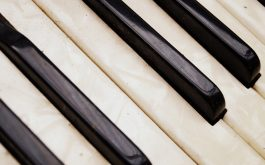 accordion_musical_instrument_key_texture-1920x1080