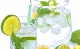 lemon_water_carafe_lime_mint-1920x1080